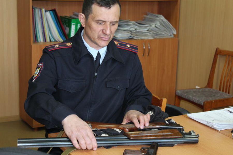 Жителями Ставропольского края добровольно сдали около 50 единиц оружия ибоеприпасов