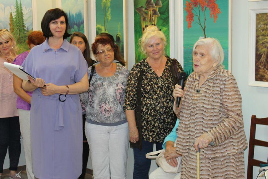 В еманжелинском музее открылись две выставки работ художников-юбиляров