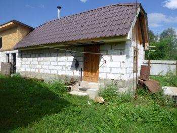 В Еманжелинском районе воры залезли в баню частного дома