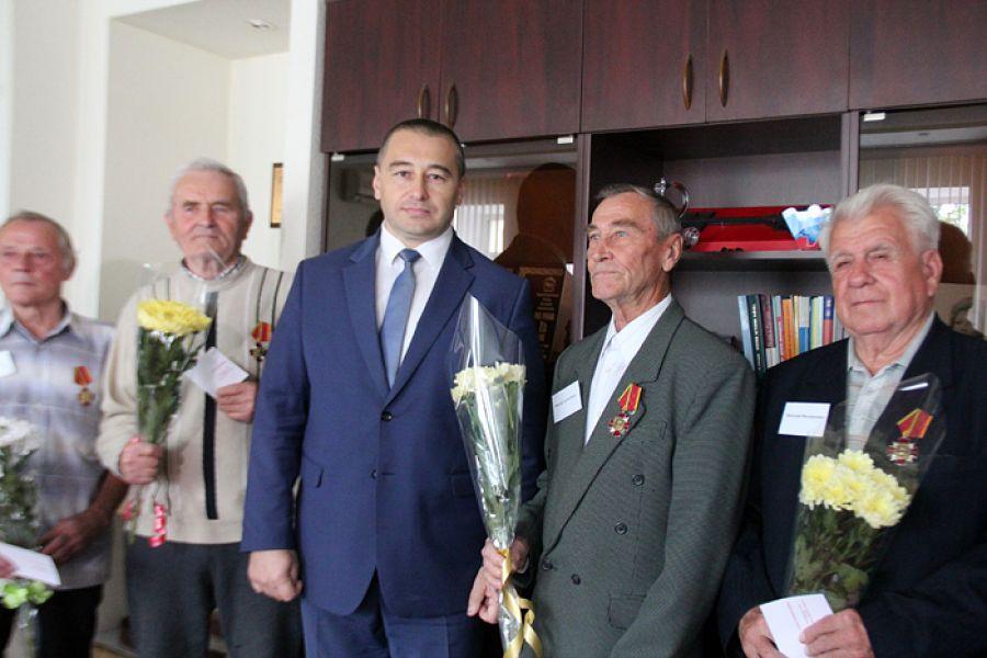 В Еманжелинске чествовали ветеранов подразделения особого риска