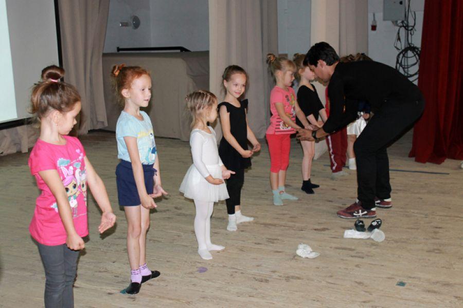 В Еманжелинске идет набор в балетную студию